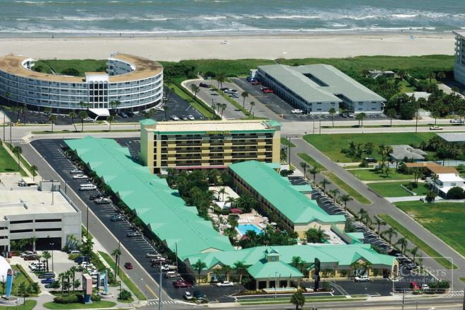 Quality Inn Suites Cocoa Beach Port Canaveral Area
