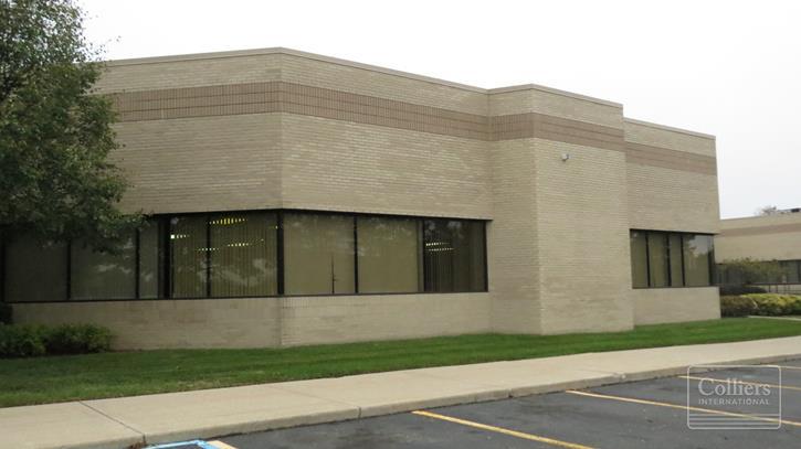 For Lease > Livonia Executive Center
