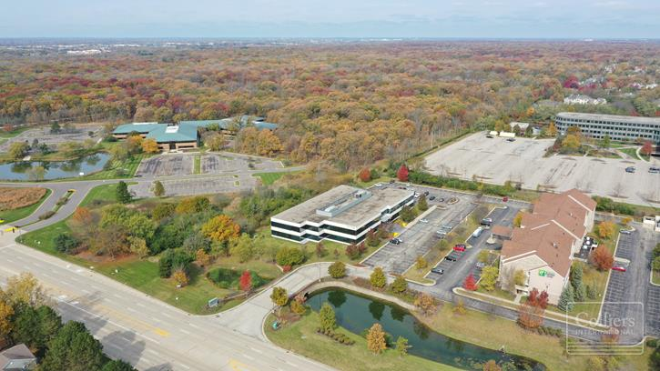 Class A Office Space for Lease   Riverwoods Corporate Center